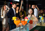 Cocktails are on the bar for office workers - 180223109