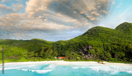 Aluminium Tropical strand Aerial panoramic view of beautiful tropical beach and vegetation at sunset