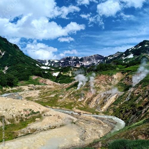 Fotobehang Bergrivier landscape