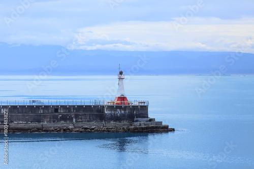 Fotobehang Vuurtoren Victoria Lighthouse on Blue Evening