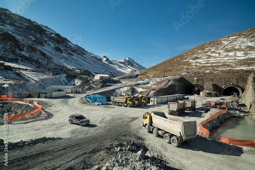 Fotobehang Grijze traf. tunel construction works