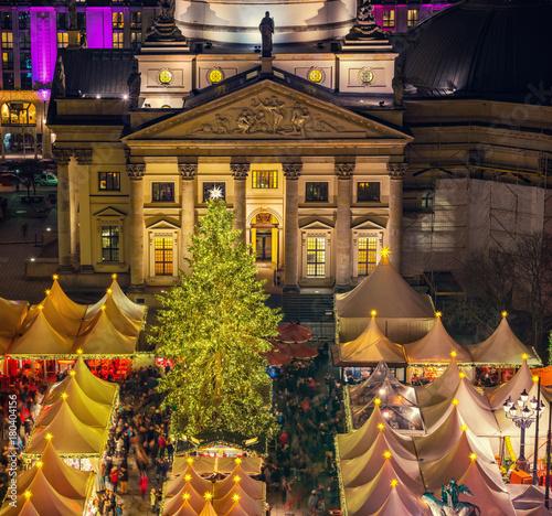 Aluminium Berlijn Christmas market near Deutscher Dom in Berlin, Germany