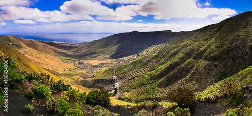 Keuken foto achterwand Noord Europa impressive landscapes of volcanic Lanzarote. Canary islands