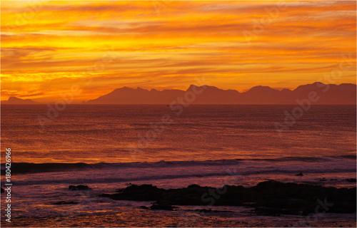 Papiers peints Orange eclat アフリカ大陸最南端の地、アグラス岬の黄昏
