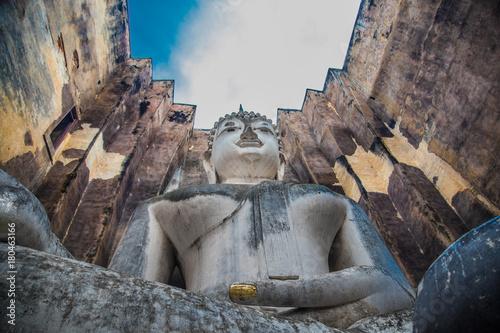 Fotobehang Donkergrijs Sukhothai historical park in Thailand