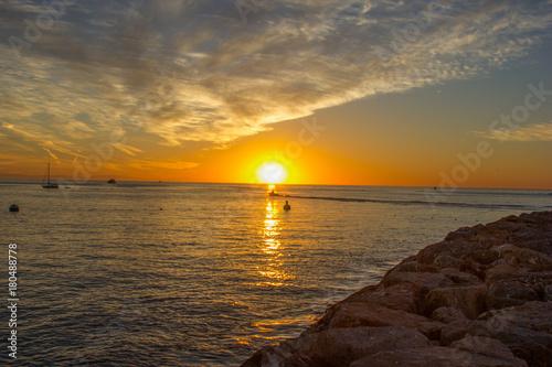 Fotobehang Zee zonsondergang Catalina Sunrise