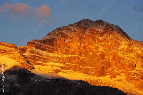 Foto op Plexiglas Oranje eclat Tofane Group in the Dolomites, Italy, Europe