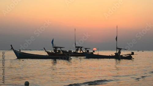 Foto op Canvas Zee zonsondergang Beautiful sunset at the beach in evening