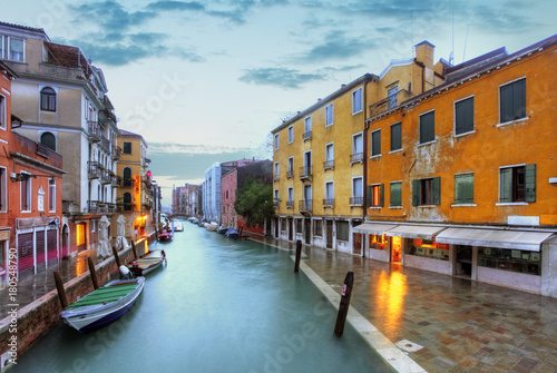 Papiers peints Venise Venice landmark, canal, colorful houses and boats, Italy