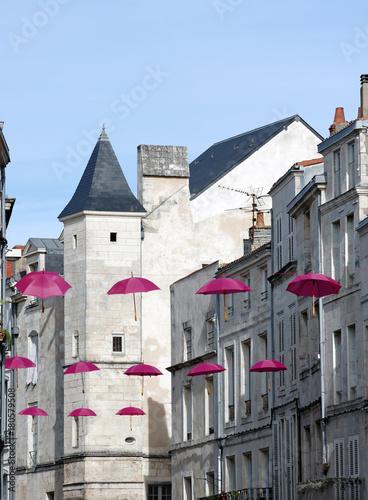 Fototapeta rue et architecture de la Rochelle