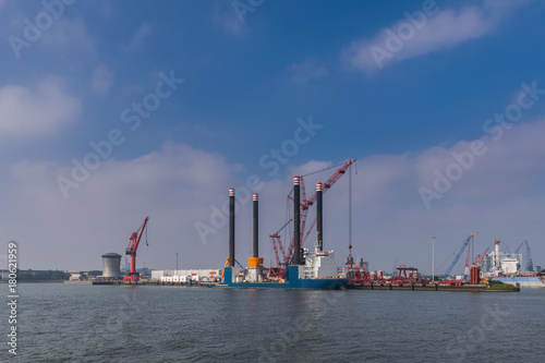 Foto op Canvas Rotterdam Offshore vessel in port of Rotterdam.