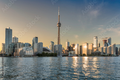 Aluminium Toronto Toronto skyline at sunset, Canada.