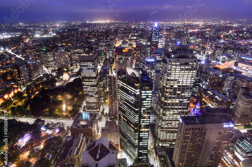 Fotobehang Sydney SYDNEY, AUSTRALIA. – On October 10, 2017 –The city view of sydney at night from sydney tower