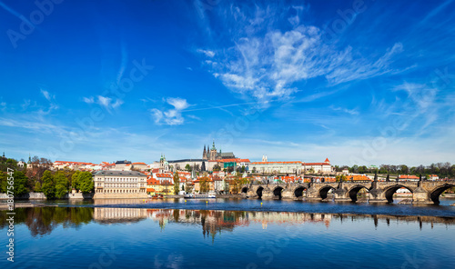 Tuinposter Praag Charles bridge over Vltava river and Gradchany (Prague Castle)