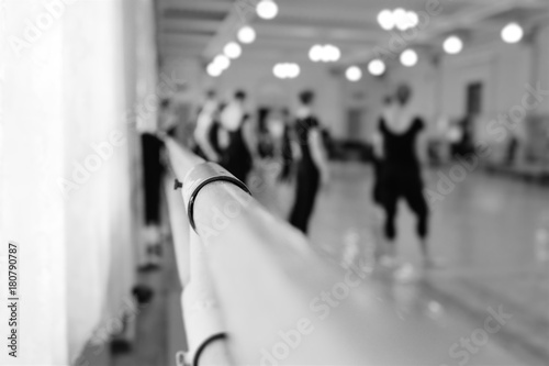 Choreographic machine or barre against the background of the dance ballet class © Evgeniy Kalinovskiy