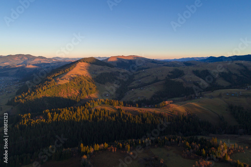 Keuken foto achterwand Grijze traf. Autumn in Carpathian mountains