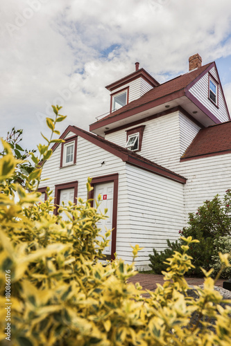 Fort Point Lighthouse in Liverpool, Nova Scotia