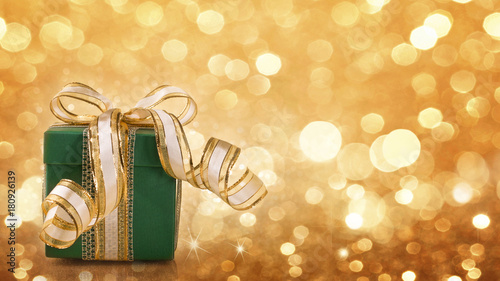 Poster Green gift box