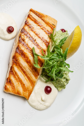 Foto op Canvas Steakhouse grilled salmon steak