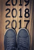 New years 2018 write on floor - 181003377