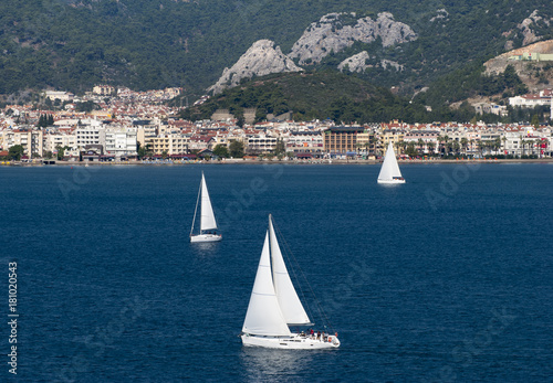 Fotobehang Zeilen Sailing In Marmaris Resort Town