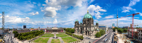 View of Berlin Cathedral © Sergii Figurnyi