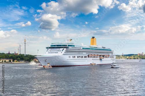 Staande foto Stockholm The big Cruise Ship in Stockholm