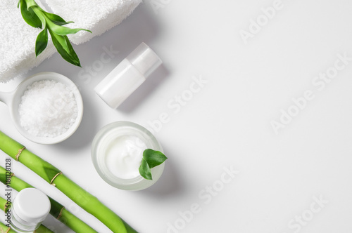 Moisturizer with bamboo sticks