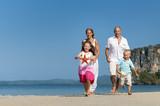 A Caucasian family is enjoying summer vacation - 181209308