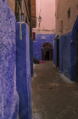 Foto op Canvas Smal steegje Casablanca Streets