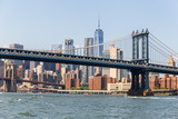 Mahnattan Bridge and Manhattan skyline, NYC, USA