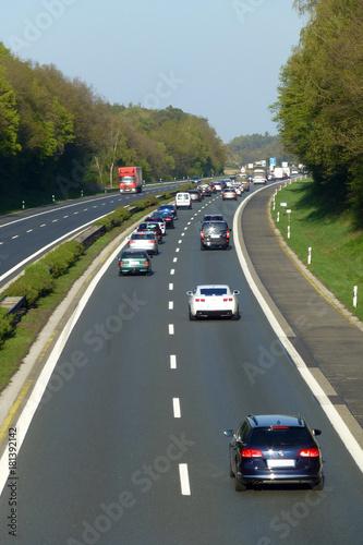 Autobahn A 3 bei Höchstadt - 181392142