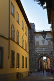 Ruelle de la Porta San Gerasio à Lucca en Toscane, Italie