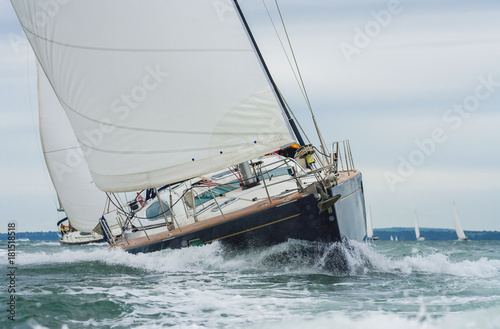 Canvas Zeilen Two Sailing Boat Yachts Racing at Sea