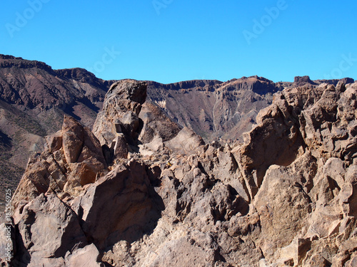 Papiers peints Iles Canaries rocky volcanic landscape of the caldera of teide national park in tenerife
