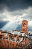 Lucca Tower of Chiesa San Pietro sun ray - 181572978