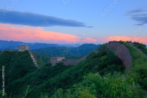 Tuinposter Peking The Great Wall in the evening