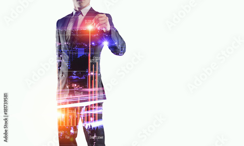 Close of businessman draw on screen