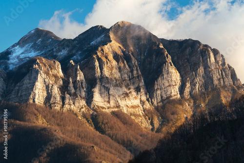 Fotobehang Diepbruine Monte Corchia, Alpi Apuane