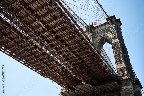 Plexiglas Brooklyn Bridge New York - Brooklyn Bridge von unten