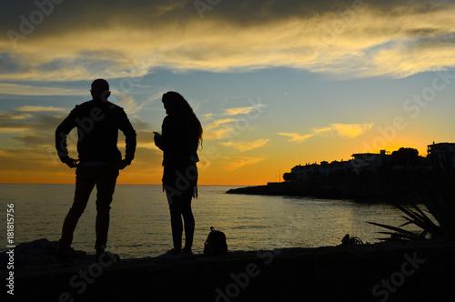 Fotobehang Strand coucher de soleil couple amour soir amour mariage mer