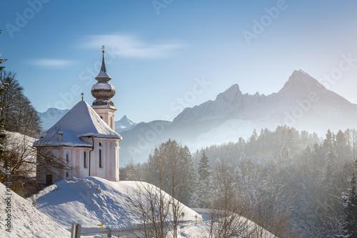 Fototapeta Maria Gern chapel with Watzmann at Berchtesgadener Land, Bavaria, Germany