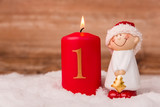 Kerze zum Advent mit der Ziffer 1 - 181836982
