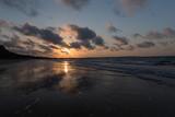 Wolkenspiel im Sonnenuntergang