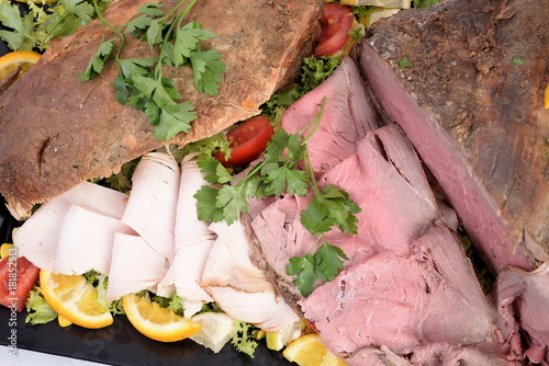 Tray with roast beef and side dish