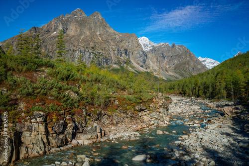 Plexiglas Bergrivier River Middle Sakukan in Kodar Mountains in Siberia, Transbaikalia