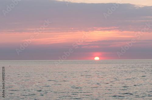 Staande foto Ochtendgloren la nascita del sole