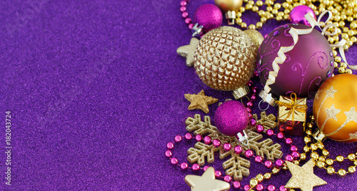Golden and purple Christmas decorations - 182043724