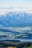 Na Lubaniu / panorama Tatr i okolic Zalewy Czorsztyńskiego widziana z Gorców, lato