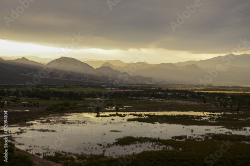 Foto op Canvas Grijs MOUNTAIN AND LAKE SUNSET